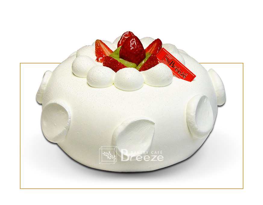 #3 White Fresh Cream Cake